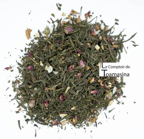 Buy green tea with Christmas spices at the best price