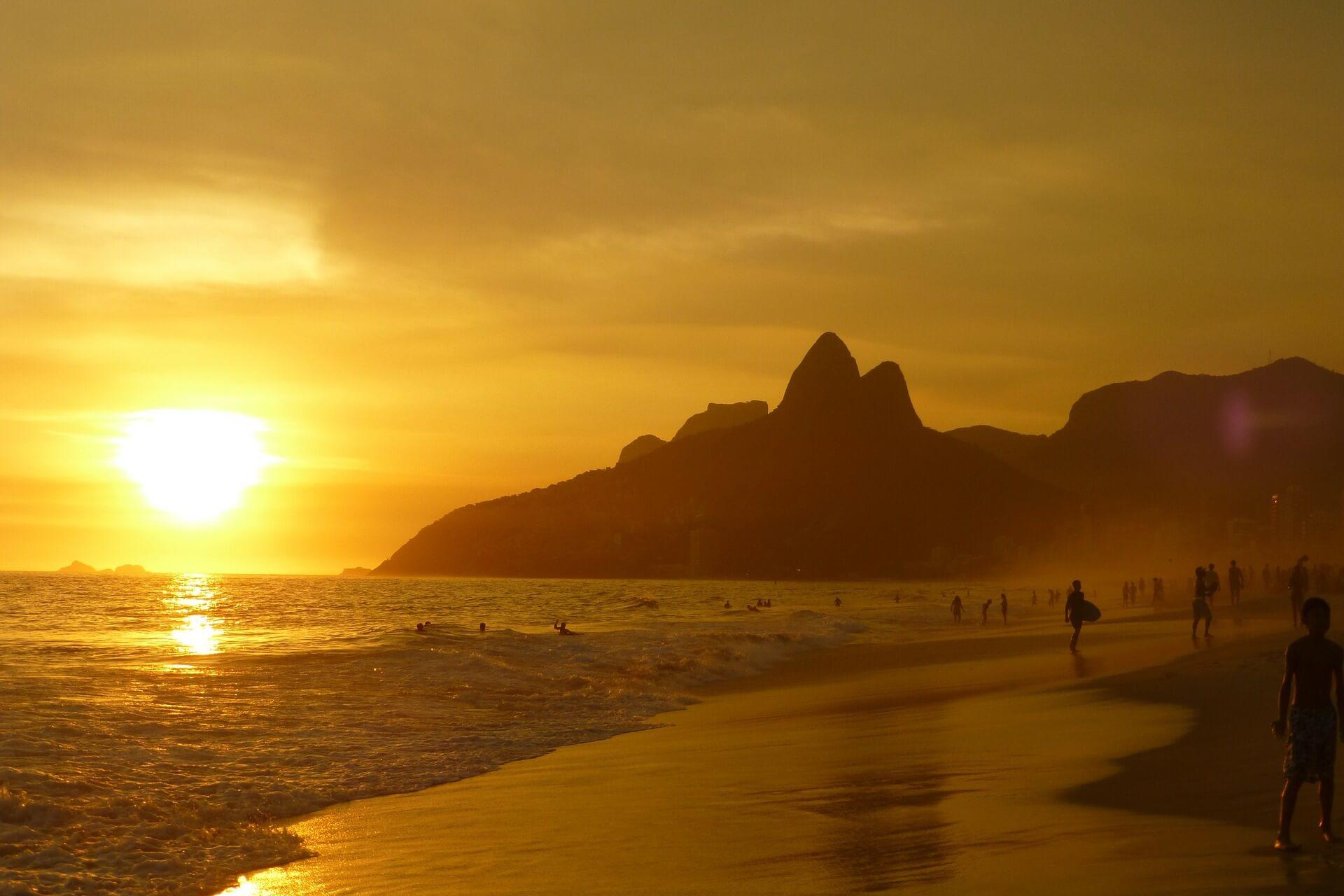 Coucher de soleil à Rio de Janeiro Brésil